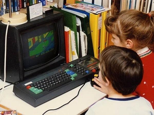 """Российских детей оградят от """"опасного интернет-контента"""""""
