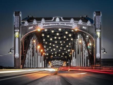 «Фонтанка» показывает новую подсветку мостов Петербурга