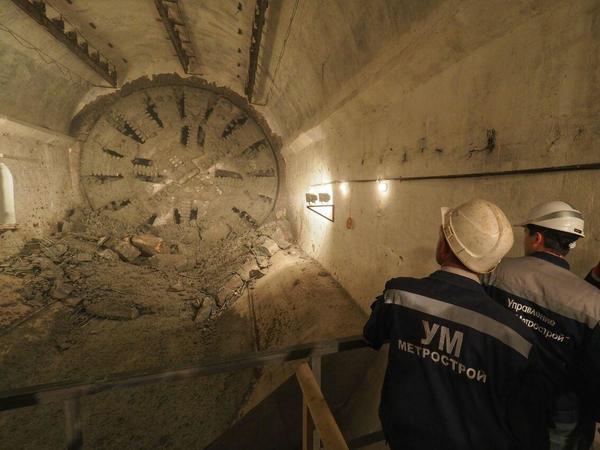 «Надежда» встала Метрострою поперек тоннеля