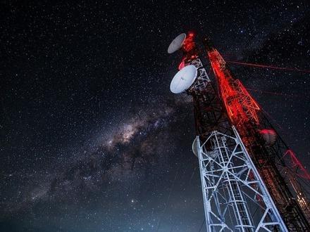 Зачем Сенат вырубает в России спутниковый Интернет
