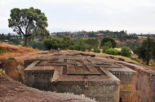 "храм в Лалибэла/<a href=""https://www.flickr.com/photos/adavey/"">A. Davey/flickr.com</a>"