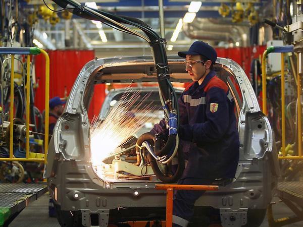 Китайские электрокары вместо Cadillac. Кто на самом деле купит петербургский завод GM