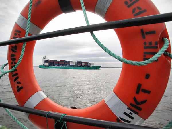Сам себе спасатель. Петербургские портовики восстали против монополии «Морской спасательной службы»
