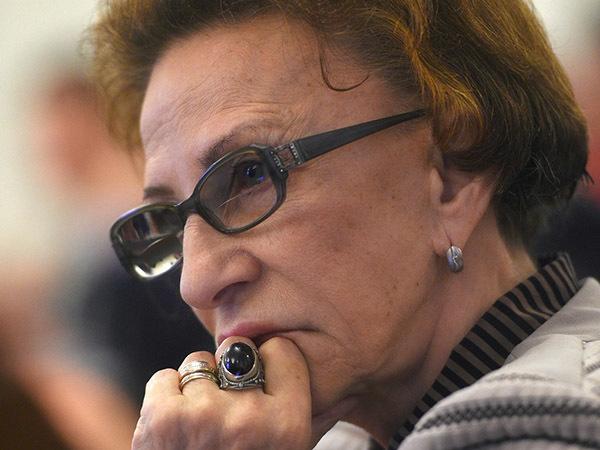 «Продолжаем бить лапками». Бывшая судья КС рассказала, почему точечные правки Конституции не смогут затронуть права и свободы граждан