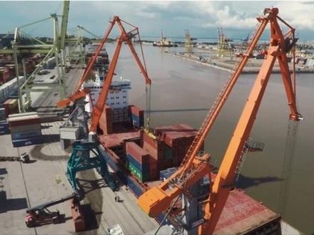 Петербургский рыбный порт потерялся между Панамой и Виргинскими островами