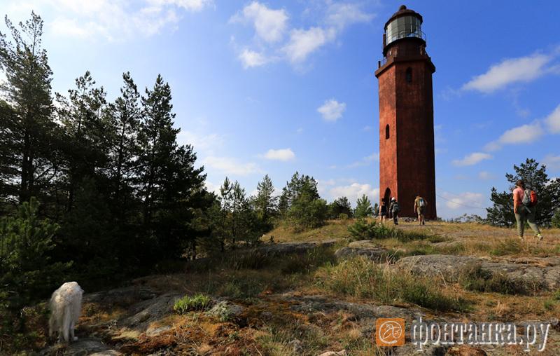 маяк на Большом Тютерсе