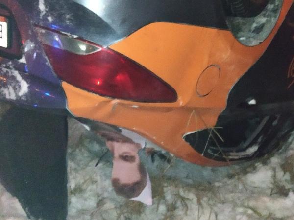 Каршеринговые ДТП в Петербурге: один нырнул в Славянку и двое выступили против такси