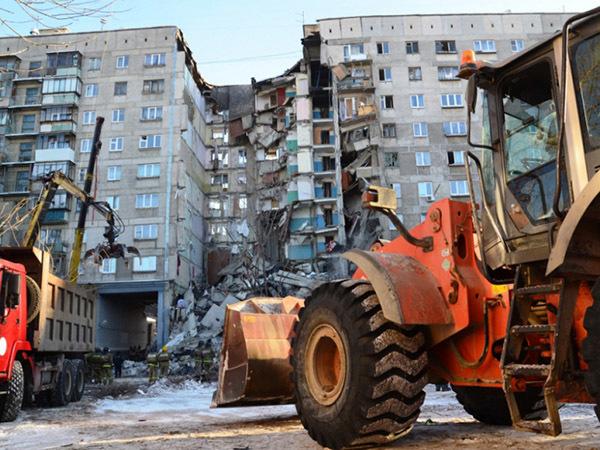 Взрыв газа в жилом доме в Магнитогорске: что известно к 18:30
