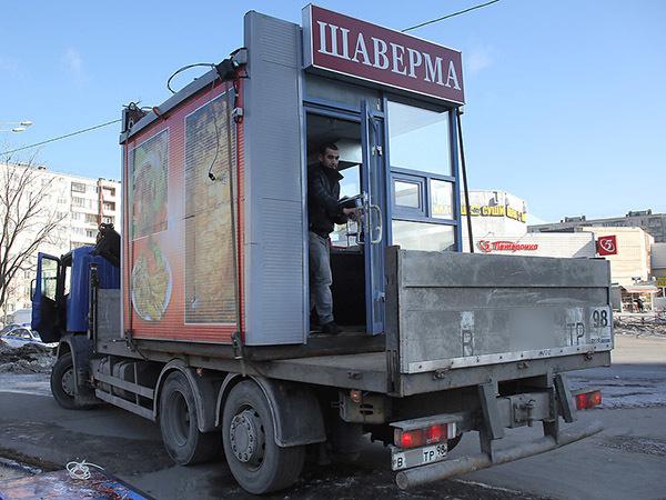 С ларьками на выход. Новые поправки в «Закон о торговле» изменят ландшафт петербургской торговли