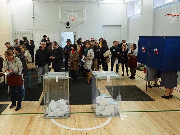 Явка на выборы: все выше, и выше, и выше