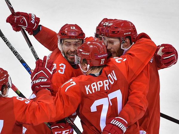 Российские хоккеисты спели национальный гимн на Олимпиаде. YouTube блокирует видео