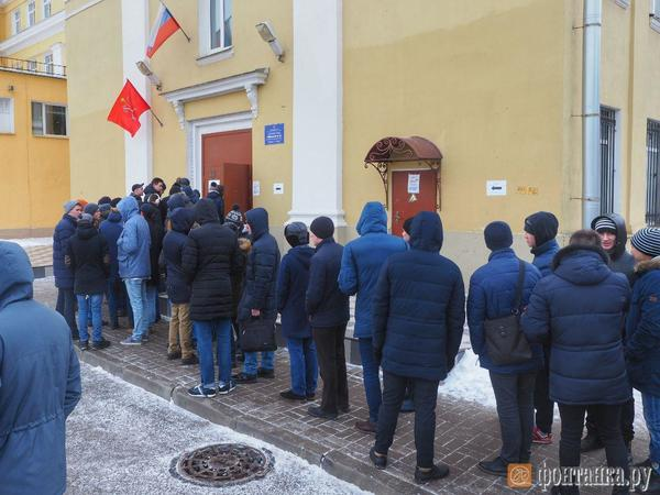 Как Петербург поставил рекорд, голосуя за президента