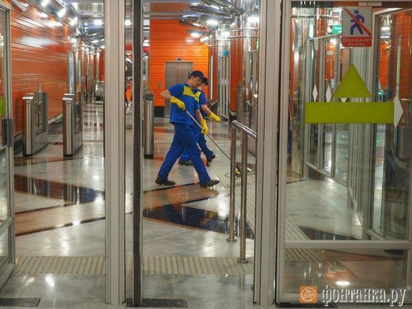 Под конец чемпионата мира в Петербурге «замироточила» станция метро «Беговая»