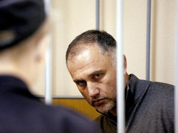 Оганесян хочет в тюрьму. Но у него нет 28 млн рублей на входной билет
