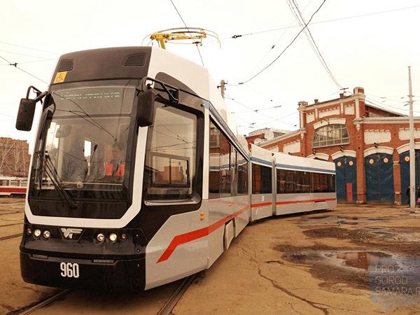 Из Самары с любовью: Смольный мог закупить для петербургских улиц б/у трамвай почти за 100 миллионов