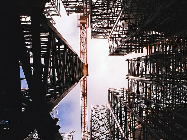 Майский строителям не указ: девелоперы не готовы наращивать строительство жилья по приказу президента