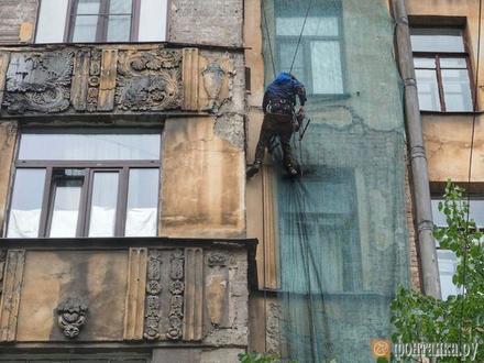 «Постоял-постоял и решил сложиться»: жители дома на Зверинской не будут ночевать в своих квартирах