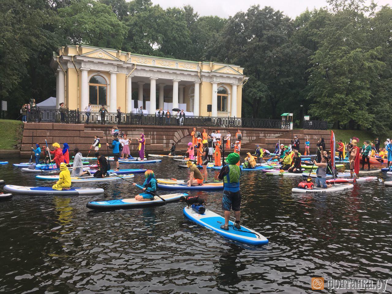 Фестиваль «Фонтанка-SUP» в прямом эфире (Иллюстрация 15 из 45) (Фото: Елена Ваганова)