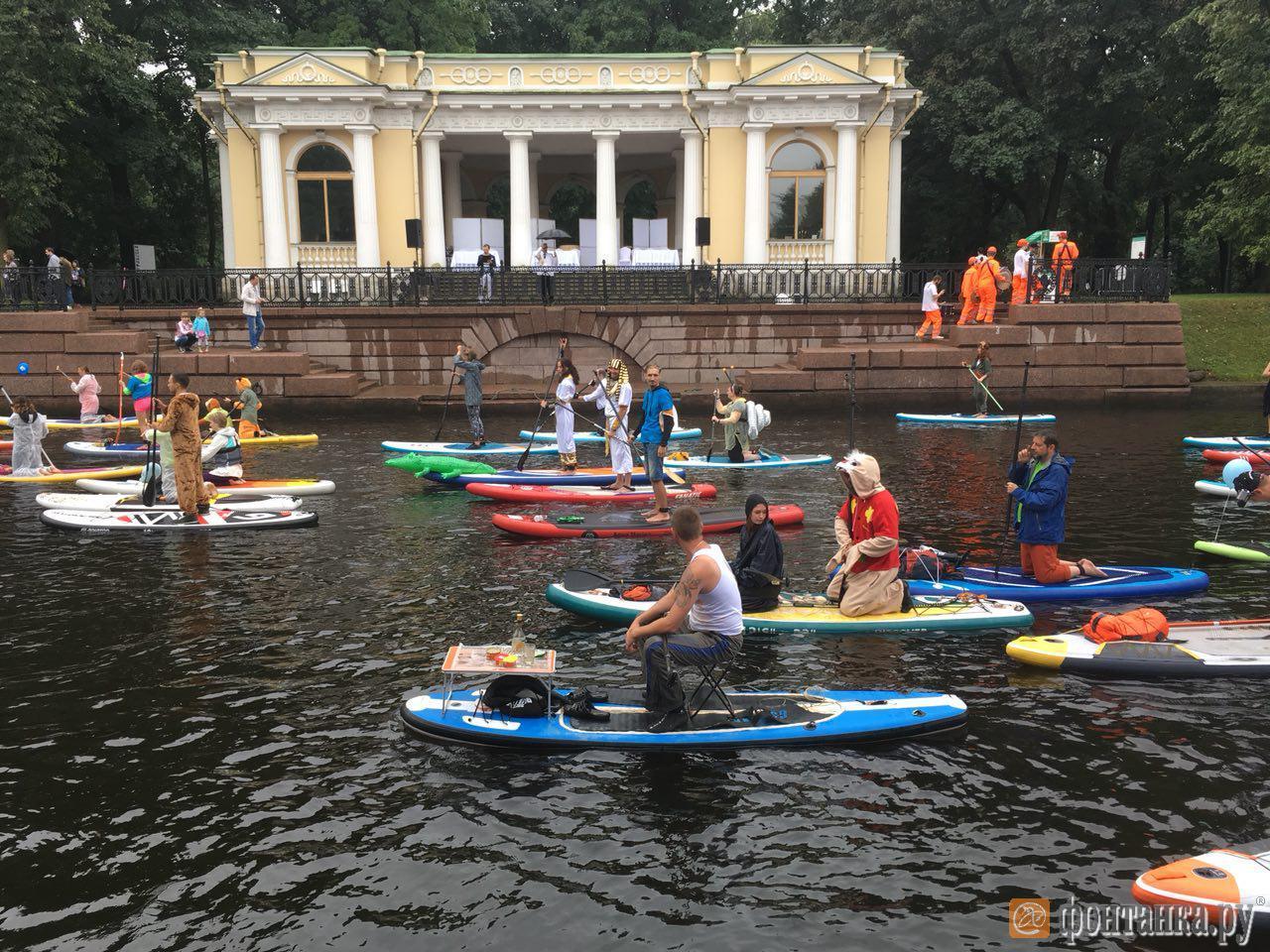 Фестиваль «Фонтанка-SUP» в прямом эфире (Иллюстрация 22 из 45) (Фото: Елена Ваганова)