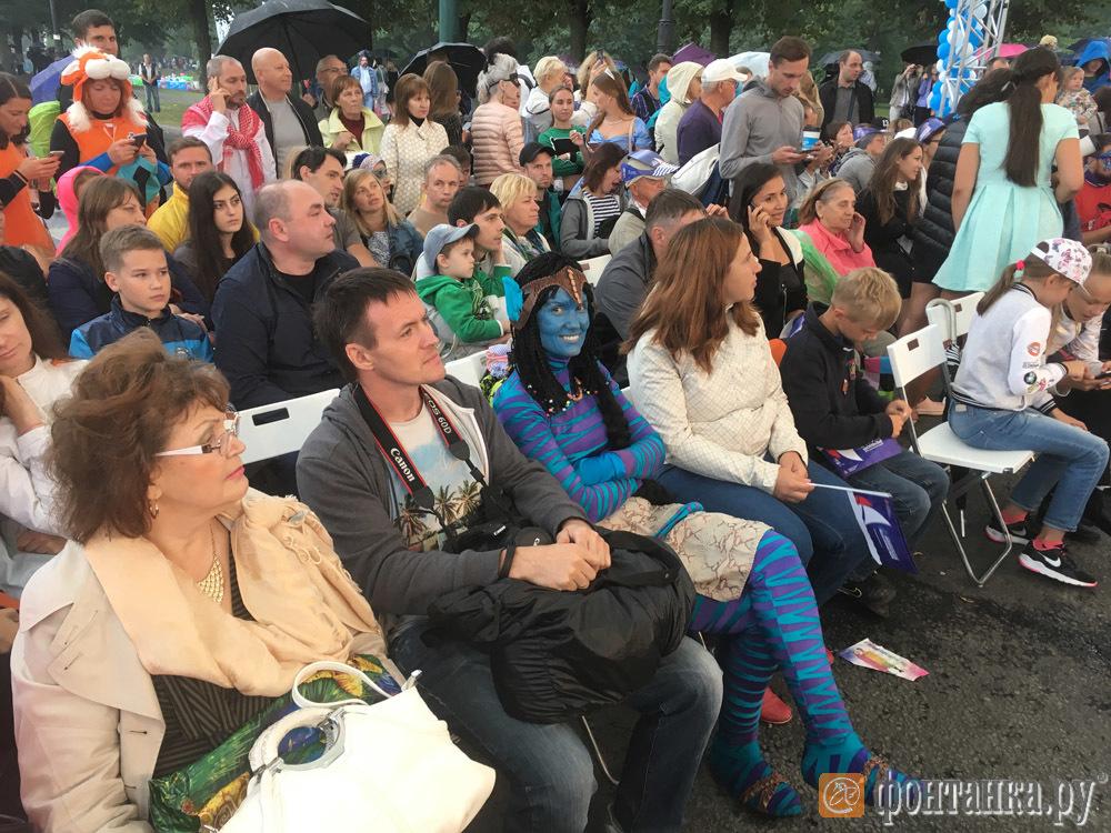 Фестиваль «Фонтанка-SUP» в прямом эфире (Иллюстрация 37 из 45) (Фото: Олег Мясоедов)