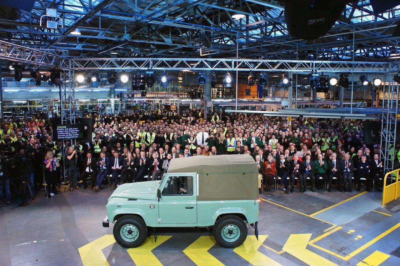 Последний сошедший с конвейера Land Rover Defender