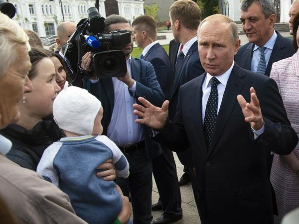 «Прошу отнестись с пониманием».  Что Владимир Путин говорил о пенсионной реформе, и что он сказал сейчас