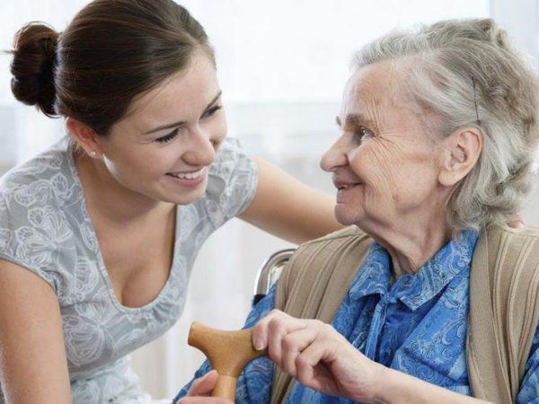 Жить с достоинством. Почему пенсионеры вынуждены обращаться за помощью