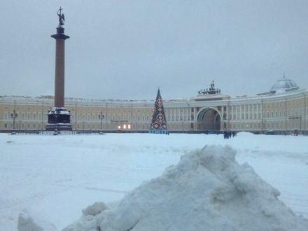 ГАТИ проверила, как Петербург убирают от снега и льда. Особенно «отличился» центр