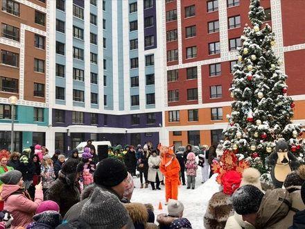Во дворах жилых комплексов Группы «Эталон» прошли новогодние мероприятия