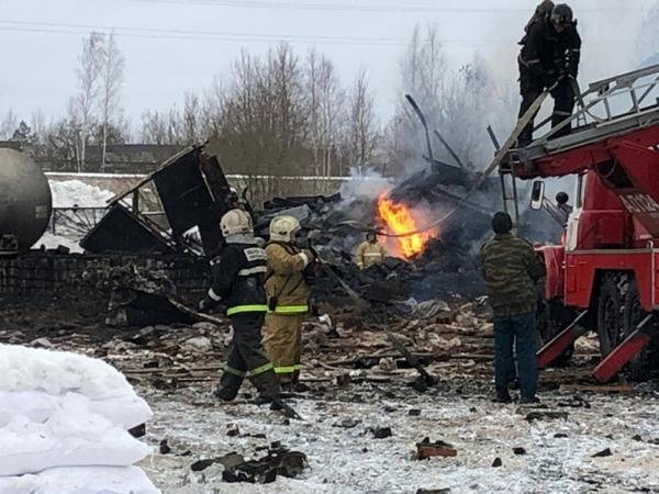 От винта. Что известно о взрыве на химическом заводе под Петербургом