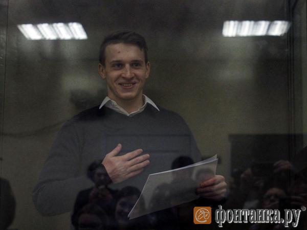 В Петербурге начался первый процесс по делу террористического сообщества «Сеть». Закрыть анархиста от прессы не вышло