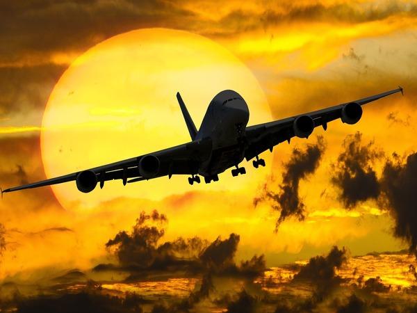 Чартеры в революцию. В загадочных самолетах из России ищут венесуэльское золото