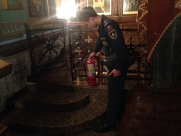 Спасатели перед Рождеством проверили 125 храмов