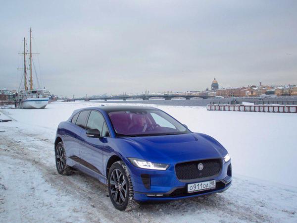 Первый Jaguar I-Pace в Петербурге. Как миллионер ездит на электричестве