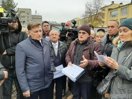 «Попробуй кто выйди на эту стройку». Депутат Макаров запретил силовику Мурову строить элитный дом