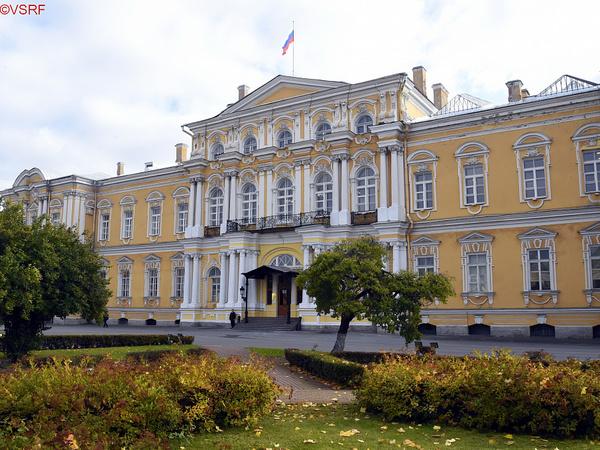 Третий КАС отстает от президента. Назначаемым Владимиром Путиным судьям катастрофически не хватает залов для работы