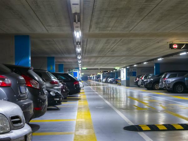 Пять причин купить подземный паркинг