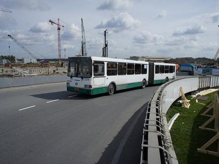 Петербург рвет автобусные связи с Ленобластью. Вместе с маршрутками из транспортной реформы выплеснули несколько поселков