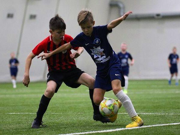 В Петербурге сыграли в футбол за «Мирное небо»
