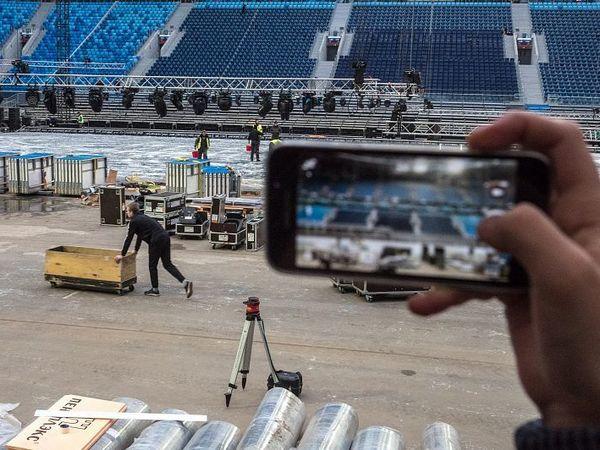 Интерпол позвали на стадион. СК и ФСБ ищут следы переоцененной безопасности при строительстве «Газпром Арены»