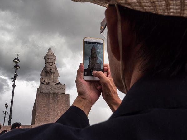 Электронное выдворение. Обладатели электронных виз уже столкнулись с проблемами при въезде и выезде из Петербурга