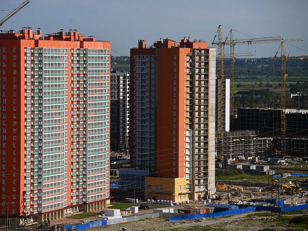 """Пиковый интерес. Как петербургские строители реагируют на """"восхождение"""" московского гиганта"""