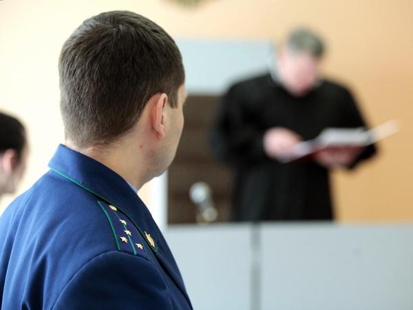 «Предлагаю Юрию Чайке прекратить порочную и бессмысленную практику». Районный судья пошел против палочной системы в Генпрокуратуре