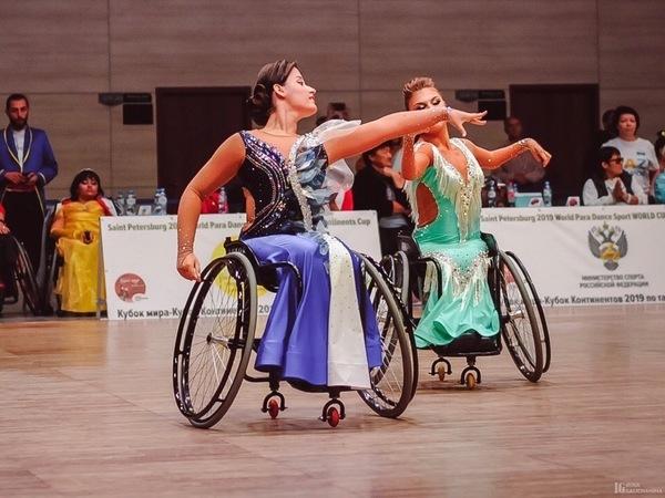 Петербургским юным спортсменам по танцам на колясках нужна помощь, чтобы отправиться на чемпионат мира