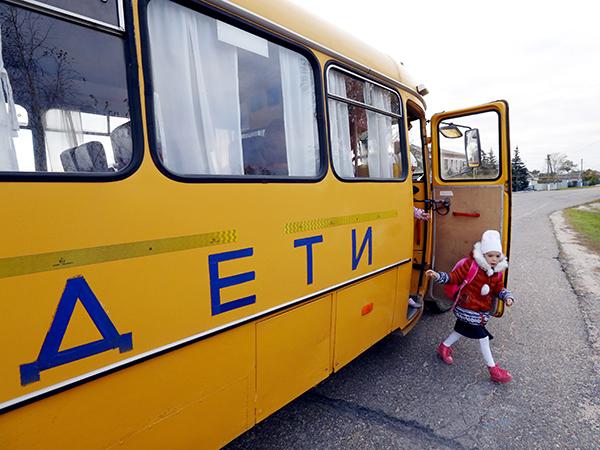 «Родители заняли экстремистскую позицию». Три километра грунтовки на границе Керести, Тёсово-Нетыльское