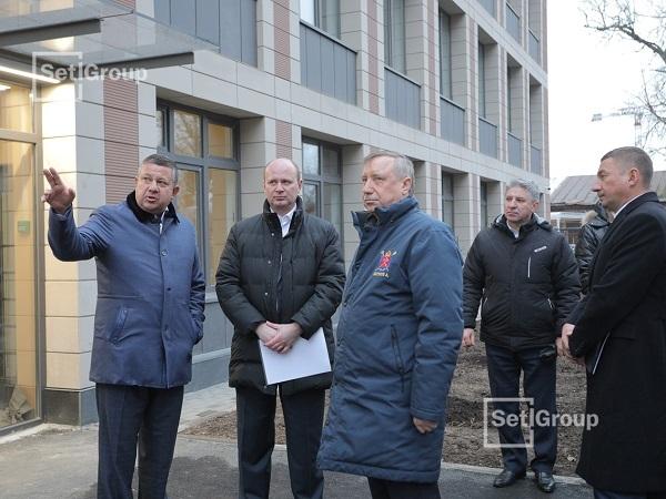 Губернатор Петербурга посетил детский сад в ЖК «Петровский Квартал на воде»