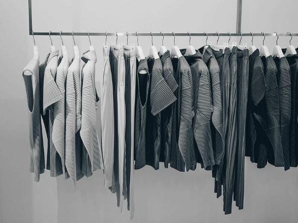 Половина петербуржцев хотели бы иметь гардеробную в квартире