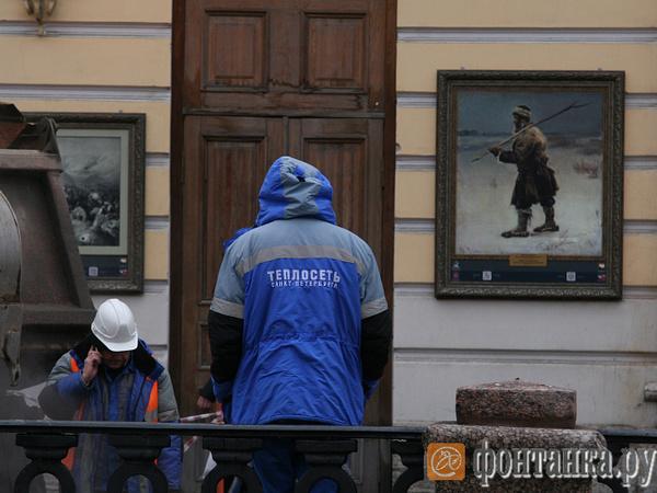 Москвичи высадились на петербургские трубы. «Газпром» меняет руководство одного из главных подрядчиков «Теплосети»