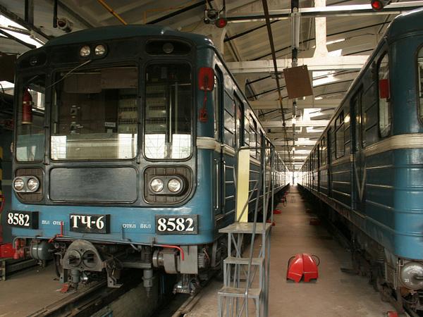 Сговорились что ли? Конкуренты за поставки для «Петербургского метрополитена» оказались слишком близки друг другу