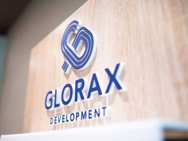 Glorax Development награждена знаком «Надежный застройщик России»